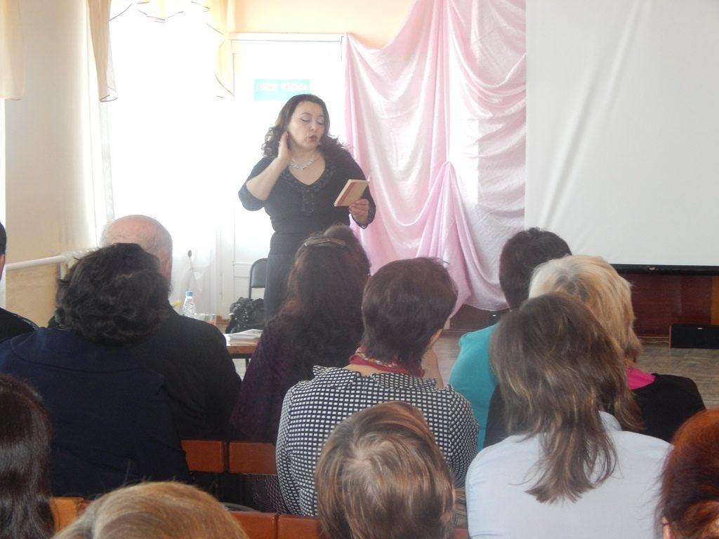 Фарида Анваровна презентует свое творчество